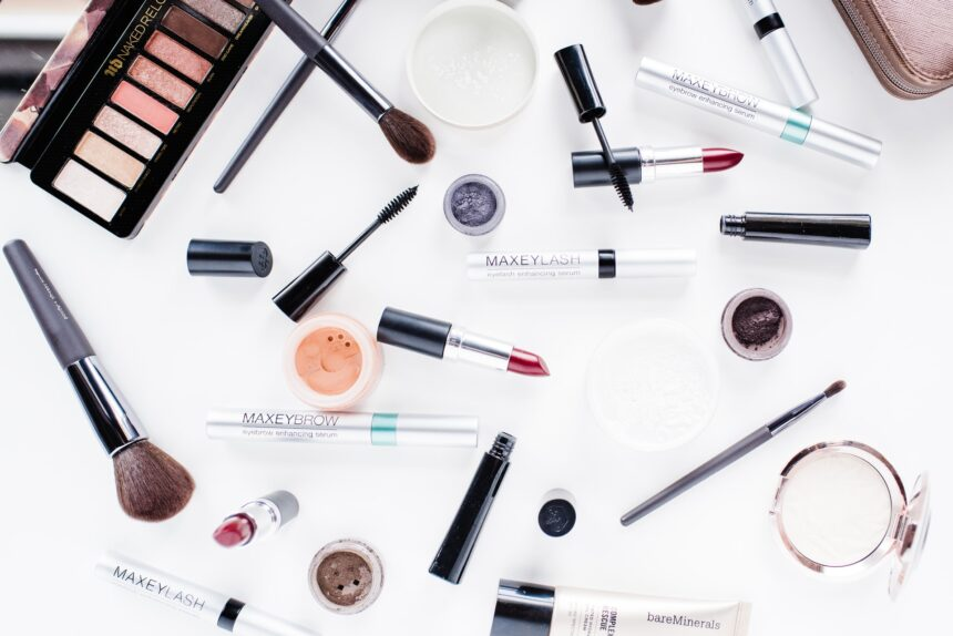 Cosmetics Packaging And Its Product